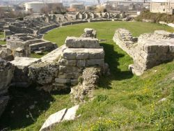 Croatia_salona_amphitheater